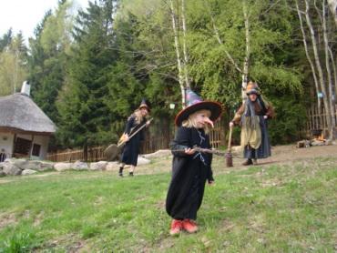 Slet čarodějnic v Podlesíčku